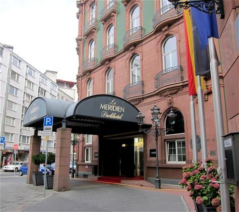 Bali and Berchtesgaden: Le Meridien Parkhotel Frankfurt