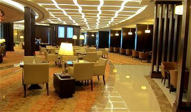 A380 Extravaganza: Emirates First Class Lounge Dubai