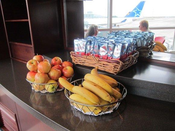 Air_Canada_Maple_Leaf_Lounge18