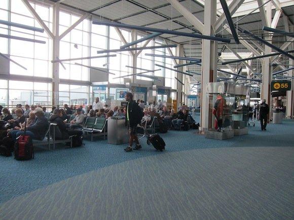 Air_Canada_Maple_Leaf_Lounge22