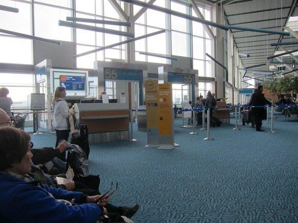 Air_Canada_Maple_Leaf_Lounge23