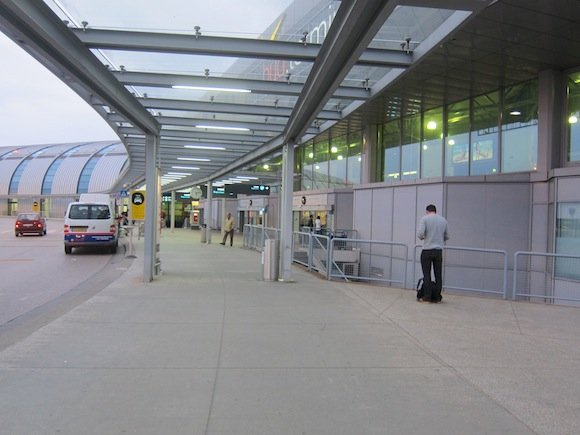 Budapest_Airport_Lounge01