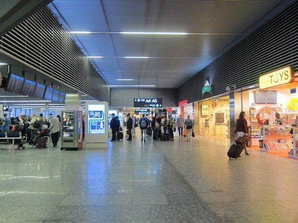 Budapest_Airport_Lounge08