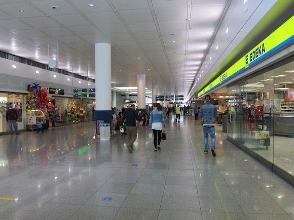 Lufthans_First_Class_Lounge_Munich03