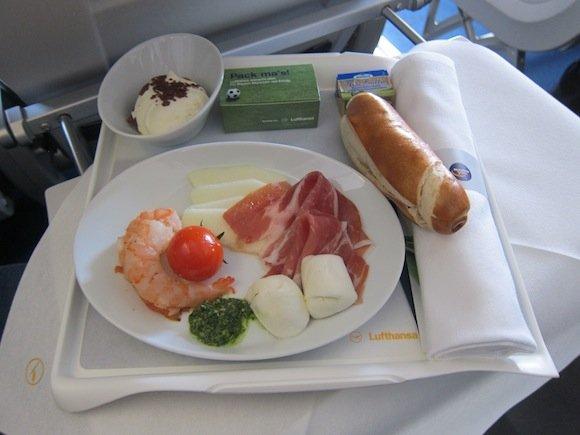 Lufthansa_Business_Class_Munich_Budapest12