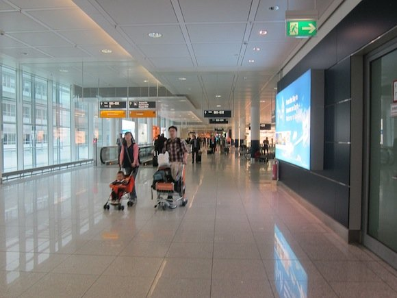 Munich_Lufthansa_Senator_Lounge01