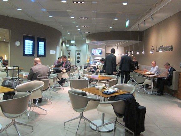 Munich_Lufthansa_Senator_Lounge03