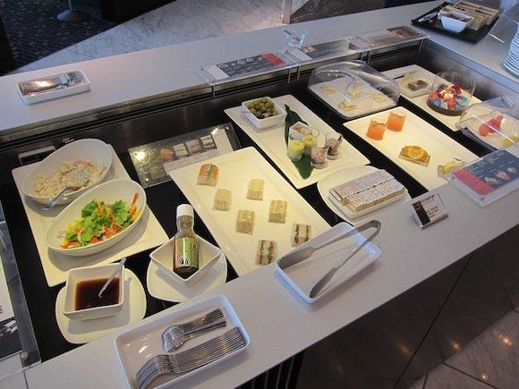 ANA_Suites_Lounge_Tokyo_Narita07