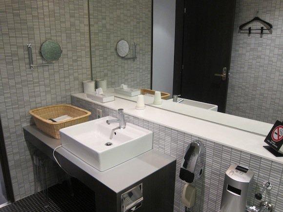 ANA_Suites_Lounge_Tokyo_Narita20