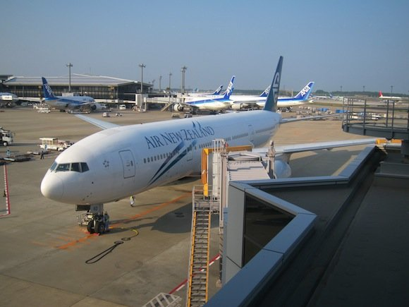 ANA_Suites_Lounge_Tokyo_Narita23