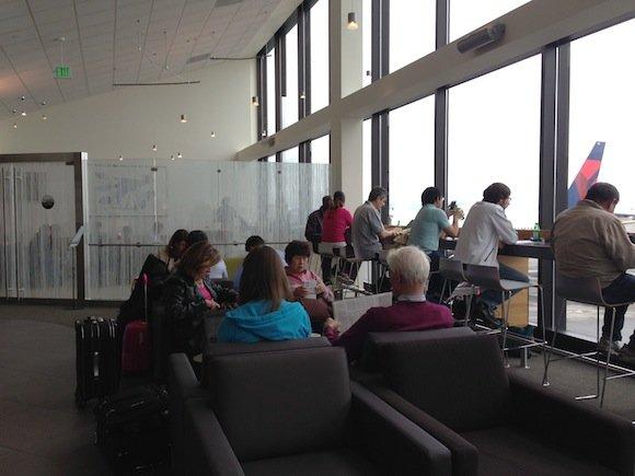 Club_International_Seattle_Airport03