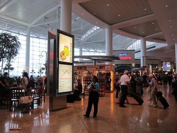 Club_International_Seattle_Airport24