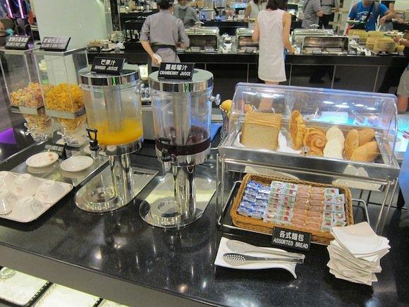 EVA_Air_Lounge_Taipei16
