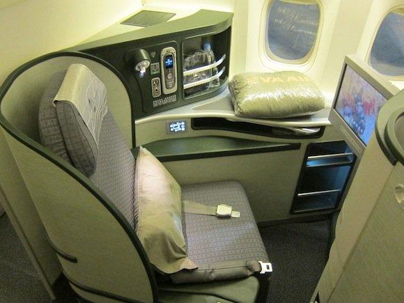 EVA_Air_Royal_Laurel_Class03
