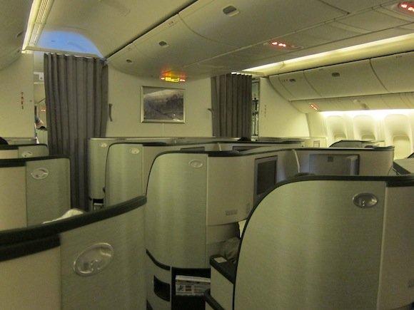 EVA_Air_Royal_Laurel_Class25