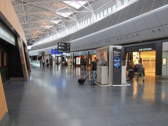 Swiss_Lounge_Zurich_Airport08
