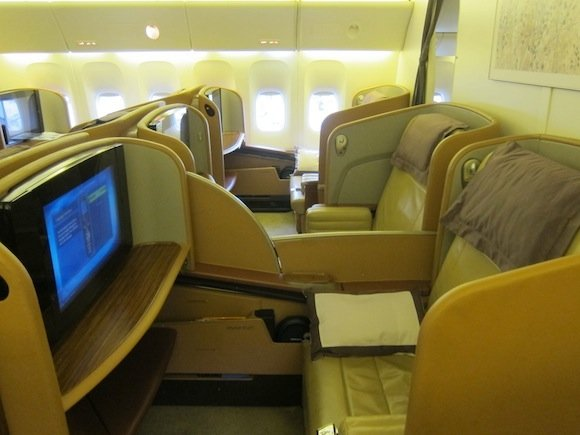 Singapore_Airlines_777_First_Class01