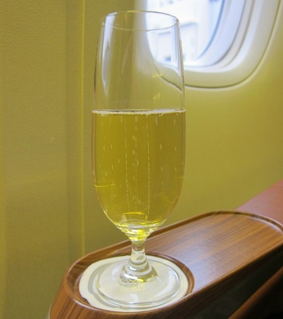 Singapore_Airlines_777_First_Class02