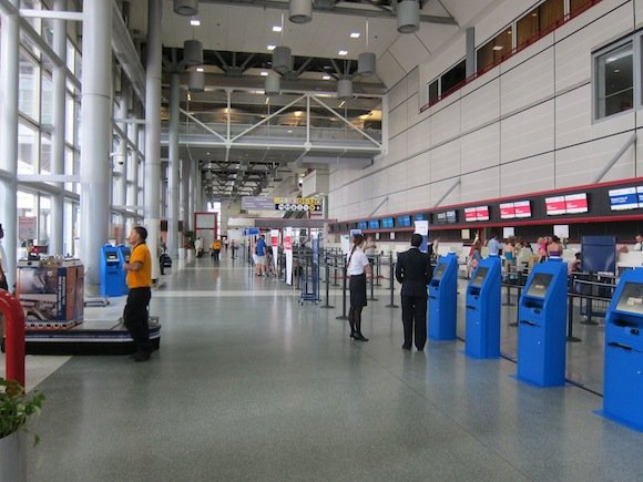 Houston_Airport_Executive_Club01