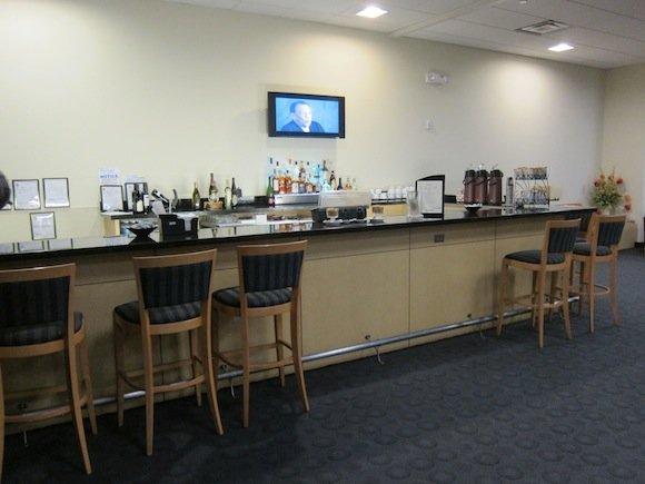 Houston_Airport_Executive_Club10