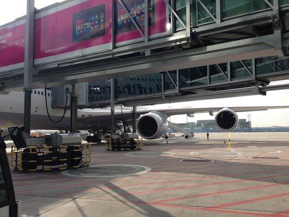 Lufthansa_7478_First_Class02