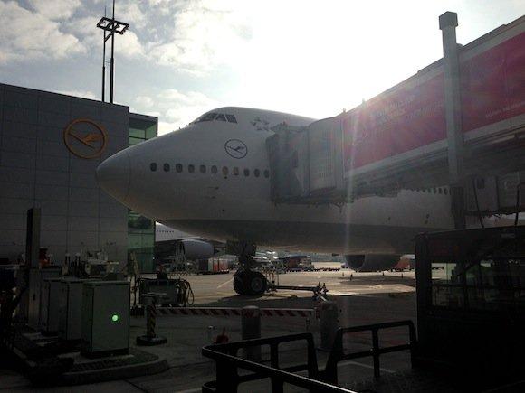 Lufthansa_7478_First_Class03