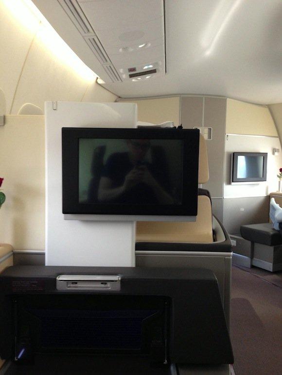 Lufthansa_7478_First_Class06
