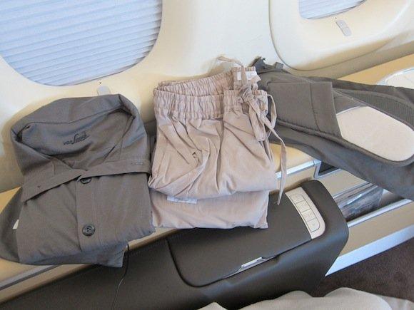 Lufthansa_7478_First_Class11