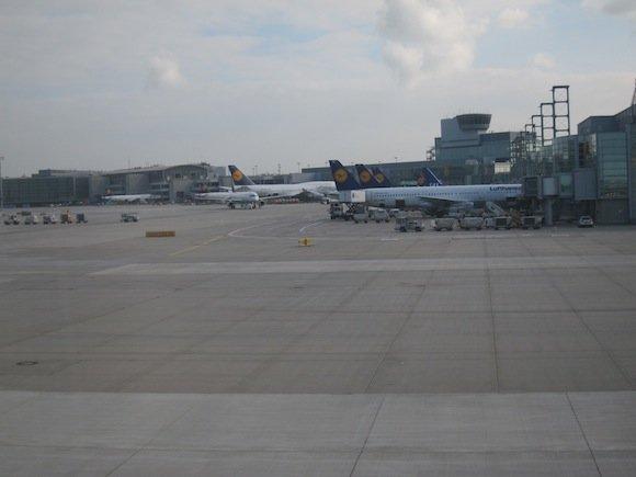 Lufthansa_7478_First_Class13