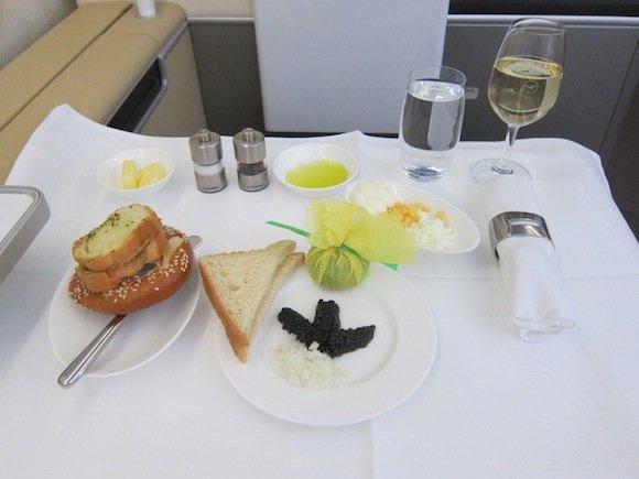 Lufthansa_7478_First_Class26
