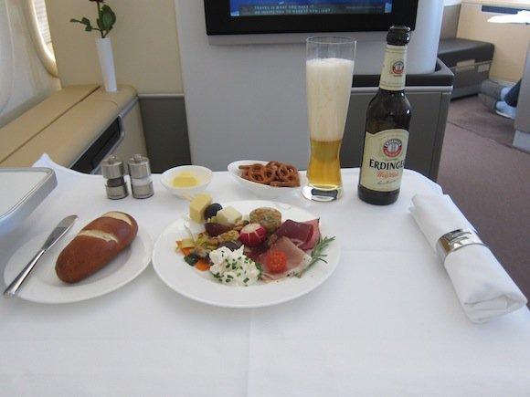 Lufthansa_7478_First_Class44