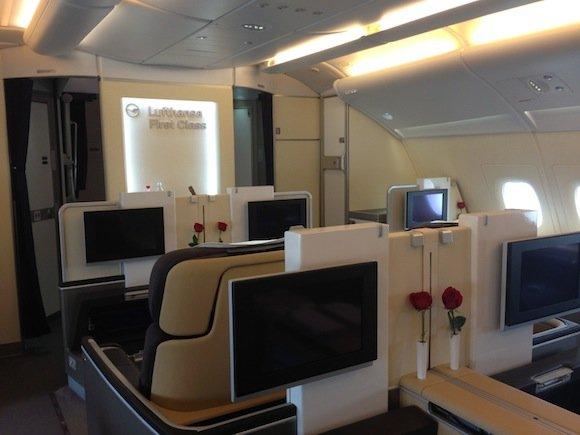 Lufthansa_First_Class_A38001