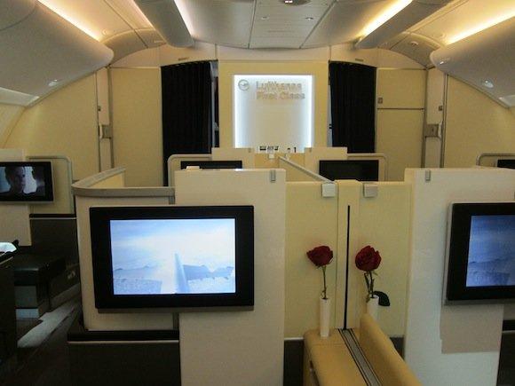 Lufthansa_First_Class_A38019