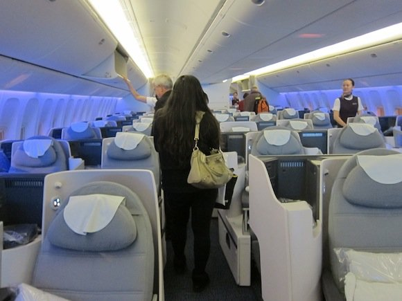 Air_China_Business_Class_77704