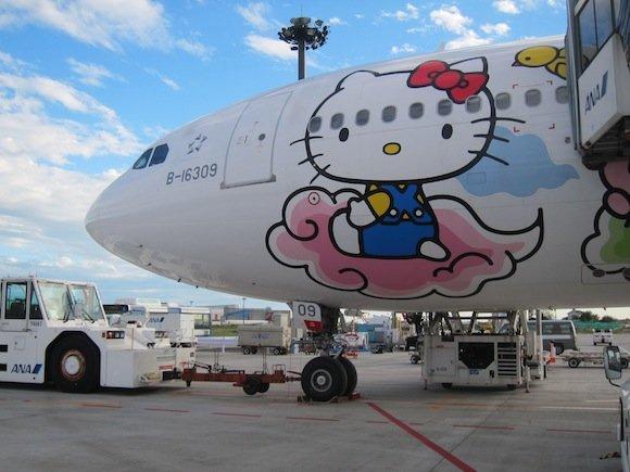 EVA_Air_Hello_Kitty_Narita23