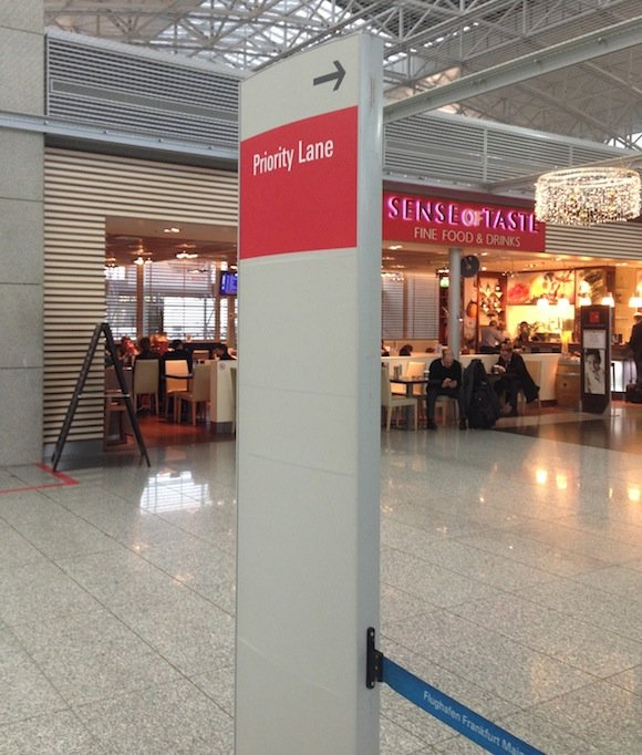 Japan-Airlines-Lounge-Frankfurt-23