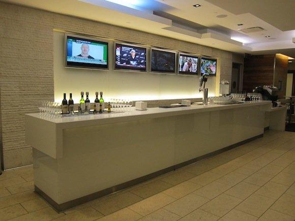 OneWorld-Business-Lounge-LAX-03