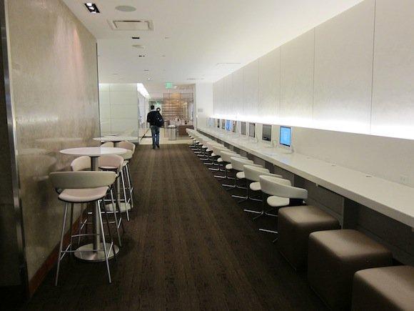 OneWorld-Business-Lounge-LAX-04