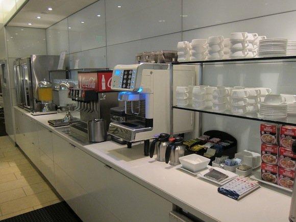 OneWorld-Business-Lounge-LAX-16