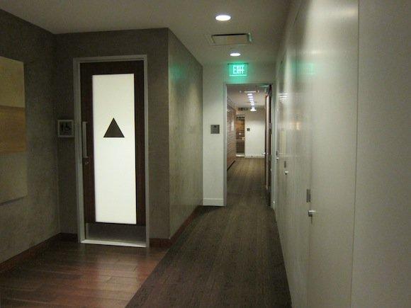 OneWorld-First-Lounge-LAX-18