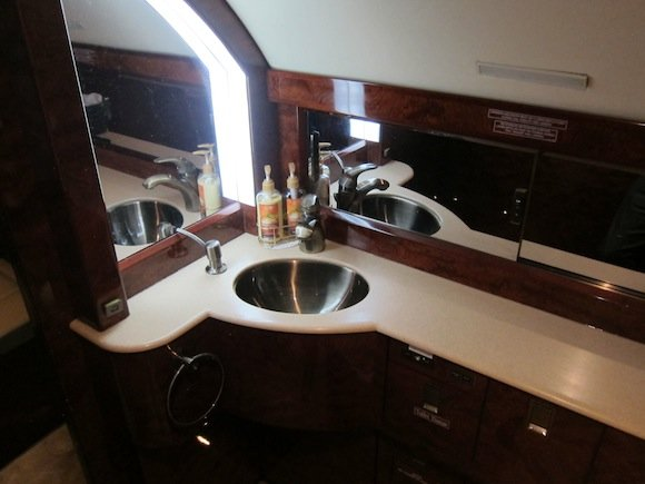 Sink in the lavatory