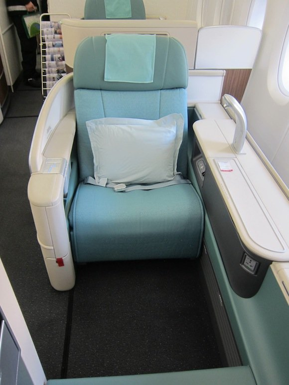 Korean-Air-A380-First-Class-003