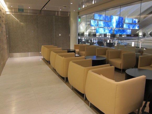 Korean-Air-Lounge-LAX-04