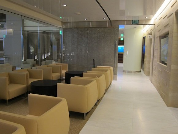Korean-Air-Lounge-LAX-05