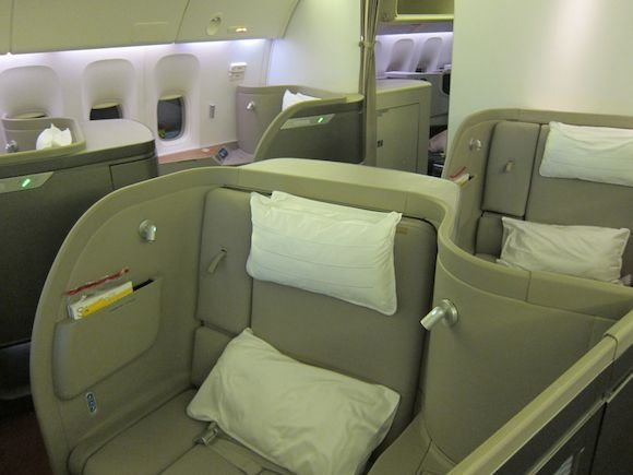 Cathay-Pacific-First-Class-09