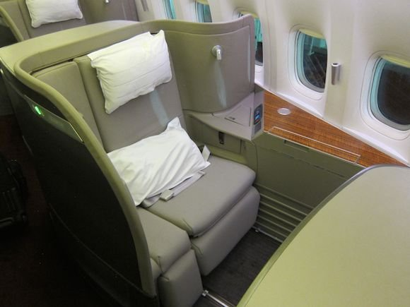 Cathay-Pacific-First-Class-10