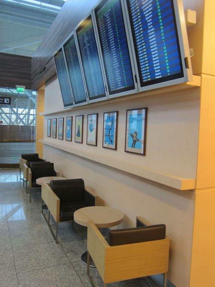 LOT-Polish-Lounge-Warsaw-Airport-16