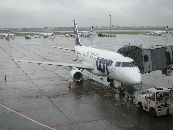 LOT-Polish-Lounge-Warsaw-Airport-36