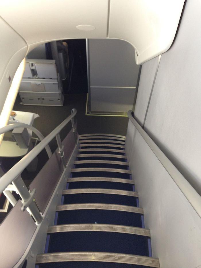 Lufthansa-Business-Class-7478-02
