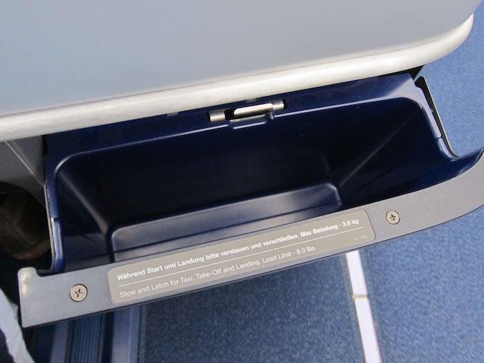 Lufthansa-Business-Class-7478-16